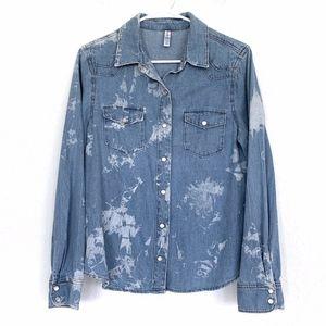 Xhilaration Blue Bleach Chambray Button Down Shirt